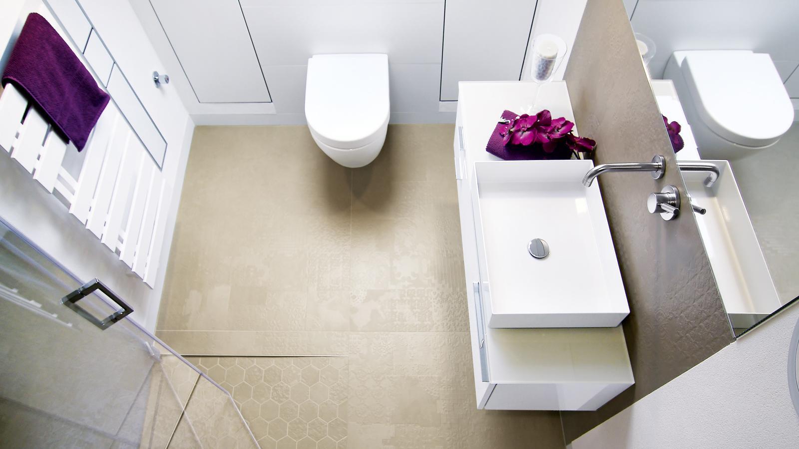 Badezimmer Umbau Offerte   Kosten für Badsanierung Schweiz